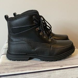 New London Fog Boots size 12 M Black Boots